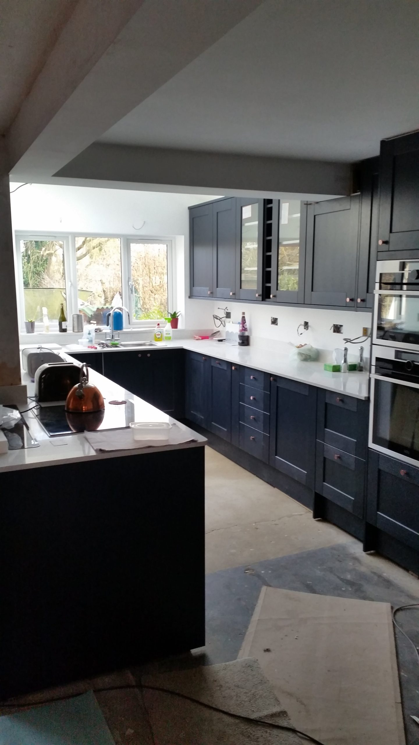 Blue Kitchen – Finished March 2018