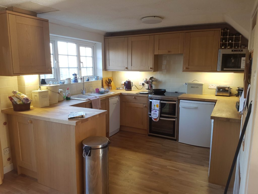 Howdens Kitchen – Finished Feb 2019